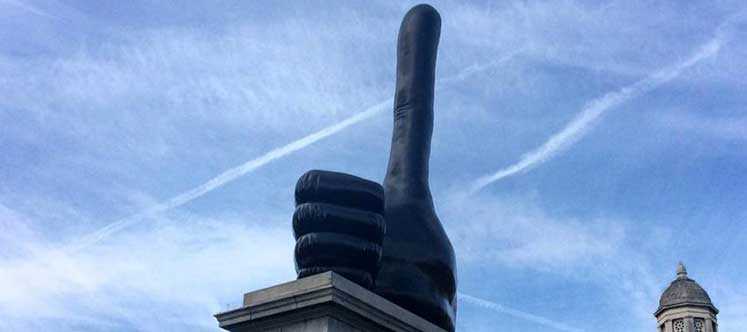 david-shrigley_fourth-plinth-sculpture-really-good_dezeem_ban-852x609